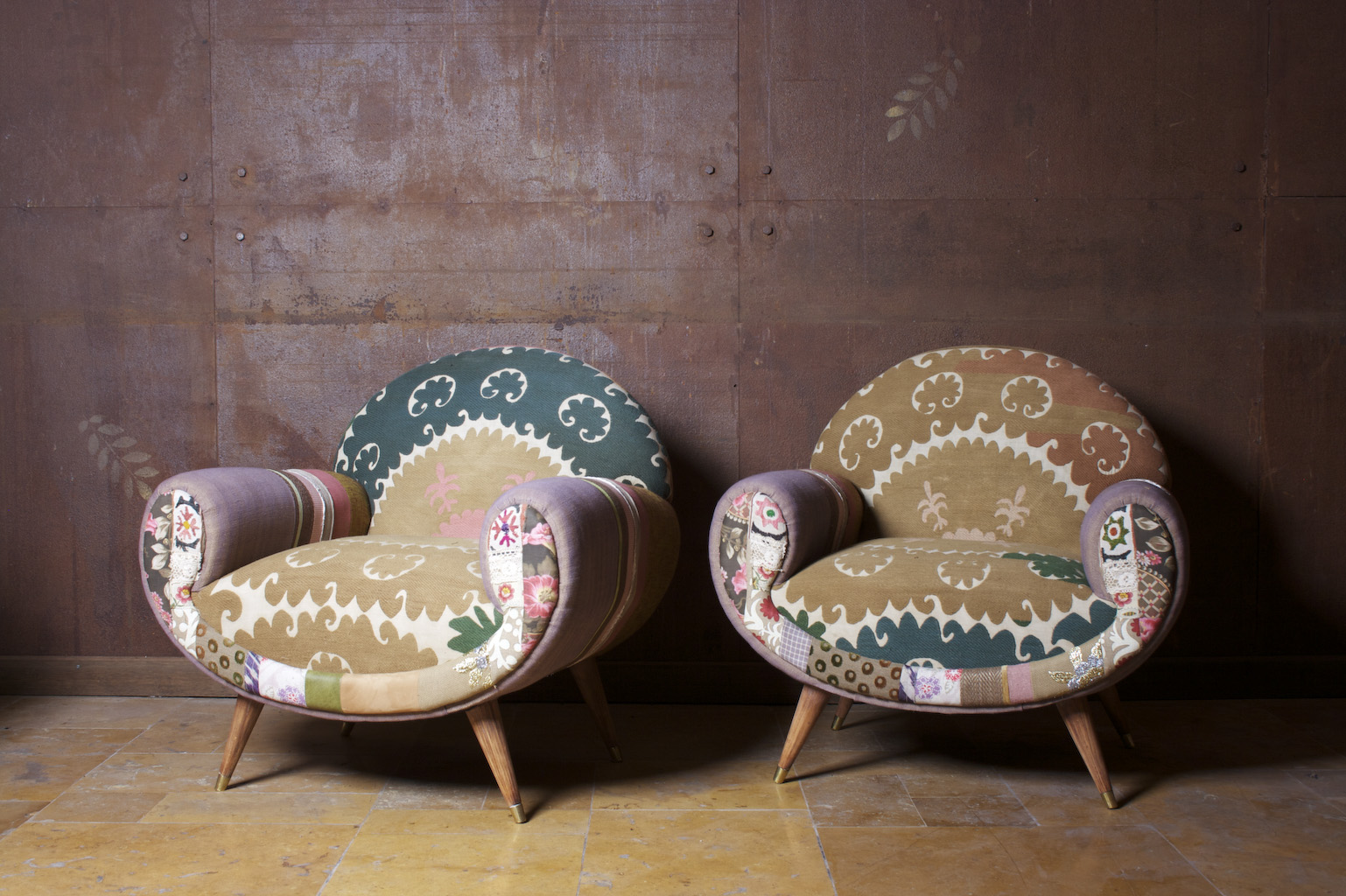 hoda always had a passion for ancient tapestries and textiles and maria for antique furniture the two joined forces in 2000 bohemian furniture
