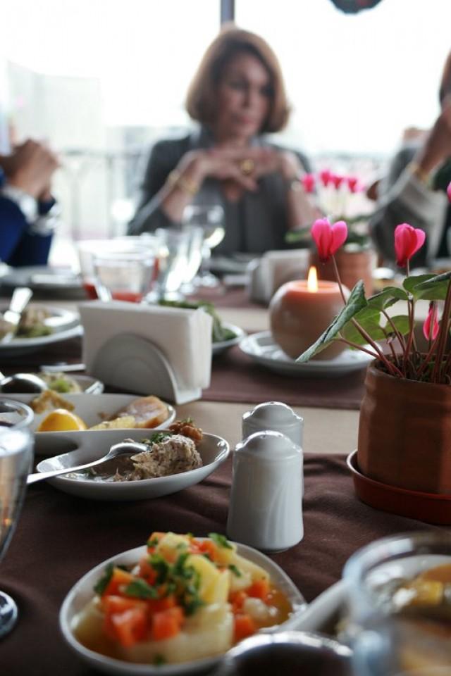 Karakoy Restaurant  Karakoy Restaurant 54177 10150116908635898 7118540 o e1361791397602