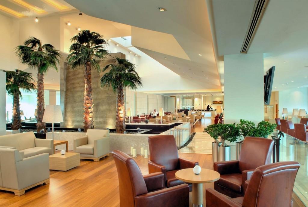 Premium Terminal at Doha International Airport, Qatar Premium Terminal Doha International Airport Qatar021 1024x688