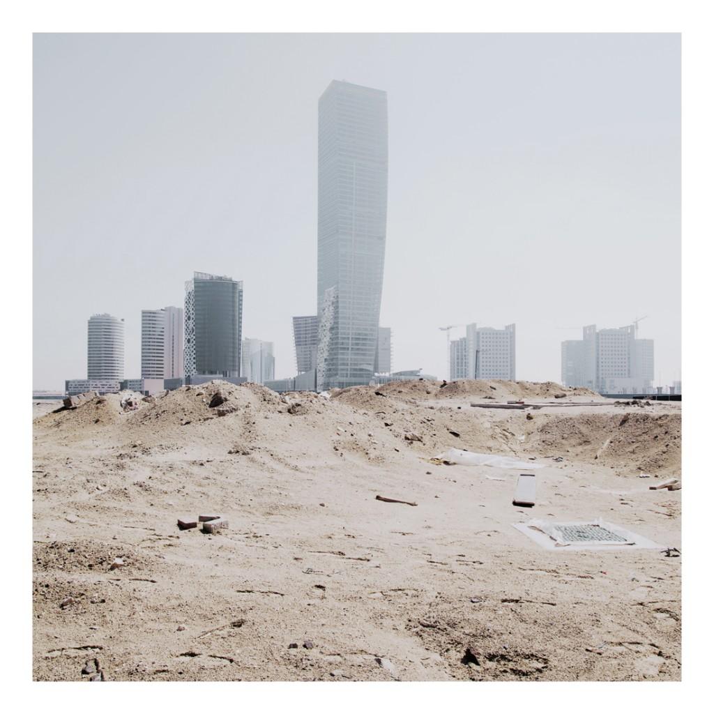 Gorgeous Windswept Photos of Dubai's Booming, Bloated Metropolis original 11 1024x1024