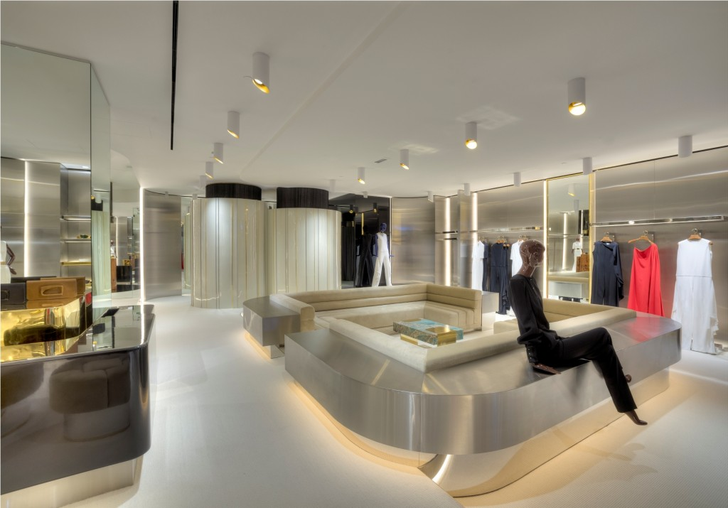 HOGAN Opens at The Galleria in Abu Dhabi Stephane Rolland Abu Dhabi boutique 2 1024x715