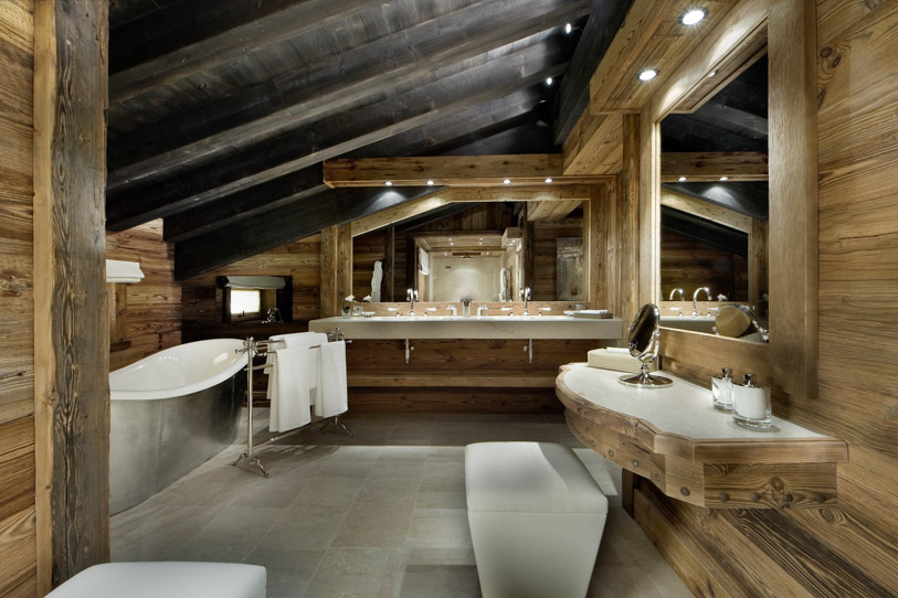 Most incredible bathrooms 10 Most Incredible Bathrooms with Breathtaking Views Contemporary bathroom in Alpine style