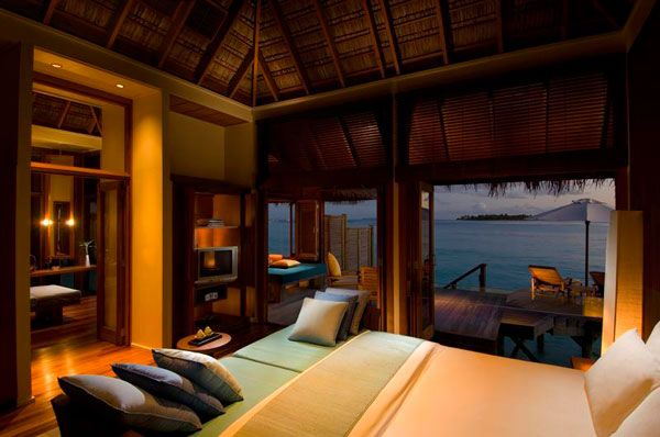 10 BEDROOMS WITH A STUNNING PANORAMIC VIEW OF THE OCEAN Amazing Bedroom View