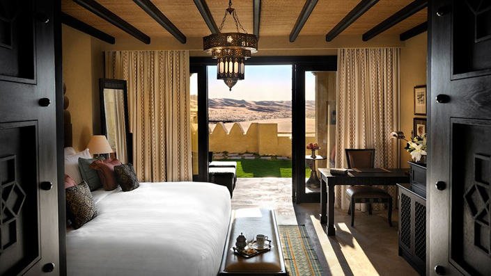 10 Most incredible bedrooms with breathtaking views-desert-view