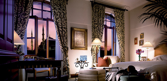10 Most incredible bedrooms with breathtaking views-night-city