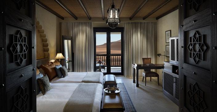 desert-view-room-middle-east-breathtaking