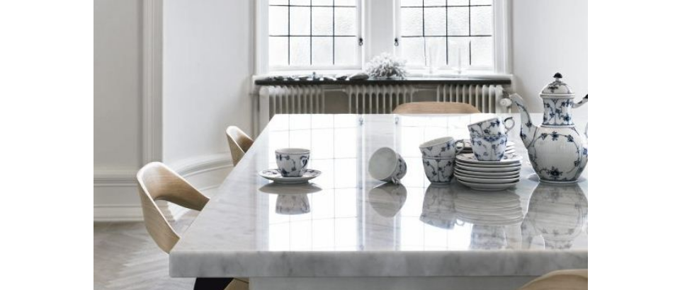 marble table marble tables Top 5 White Marble Tables marble table feature