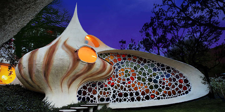 Top 10 Weirdest Houses in the World Untitled 1