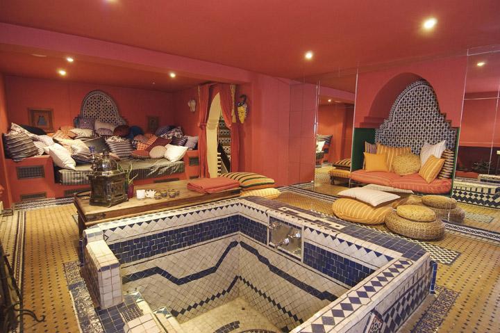 luxury-moroccan-themed-bedroom-moroccan-themed-bedroom-ideas ...
