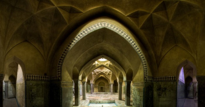 Astonishing Buildings To Visit  in the Middle East 1 1