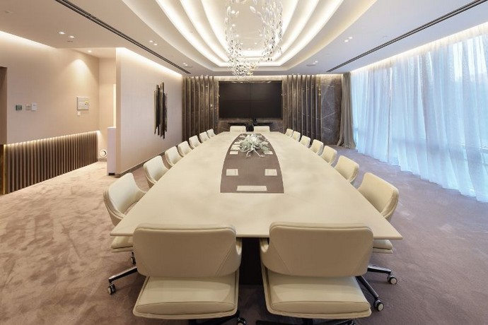 Get Inspired by This Luxurious Contemporary Office Space Get Inspired by This Luxurious Contemporary Office Space 1