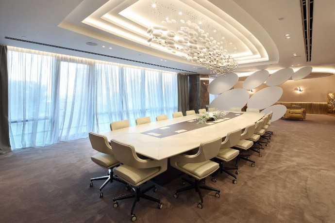 Get Inspired by This Luxurious Contemporary Office Space Get Inspired by This Luxurious Contemporary Office Space 2